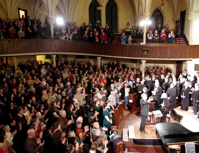 cantabile choirs at a concert